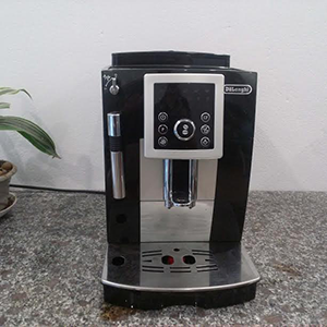 may-ca-phe-Delonghi-ECAM-23.210B
