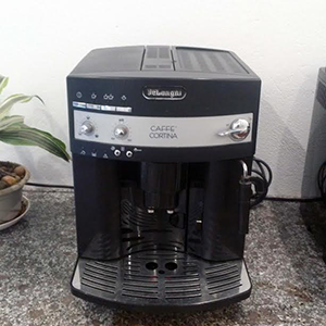 may-ca-phe-Delonghi-ESAM-3200